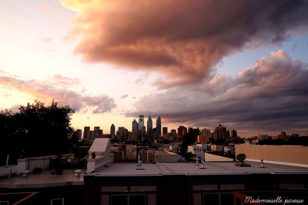 Mademoiselle paresse Philadelphie skyline