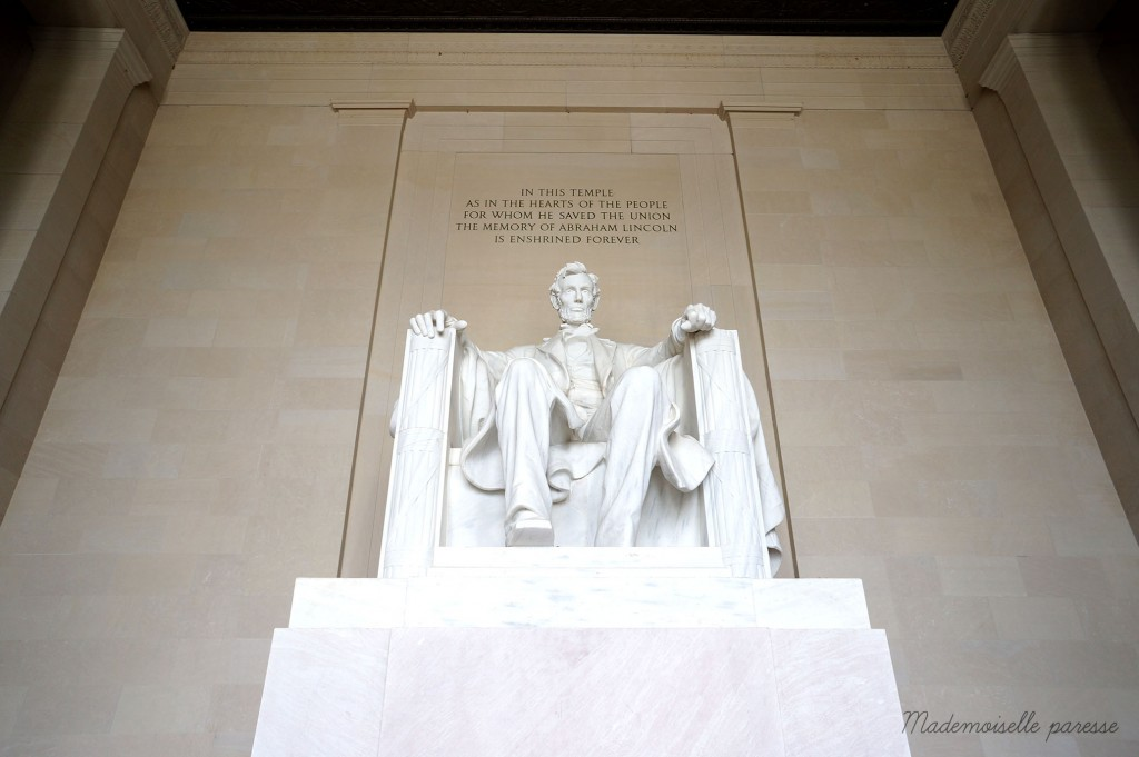 Mademoiselle paresse Washington Lincoln memorial by day