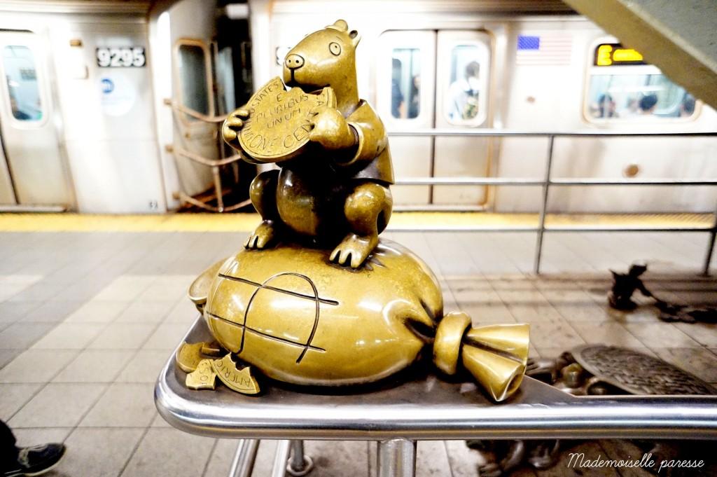 Mademoiselle paresse NYC subway Life underground 1