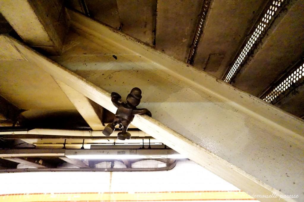 Mademoiselle paresse NYC subway Life underground 4