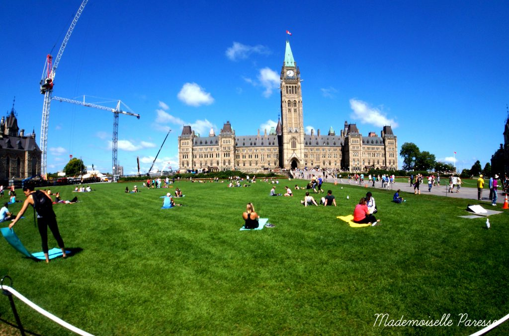 mademoiselle-paresse-ottawa-parliament-hill