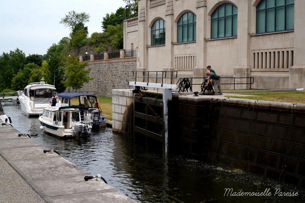 mademoiselle-paresse-ottawa-canal-rideau