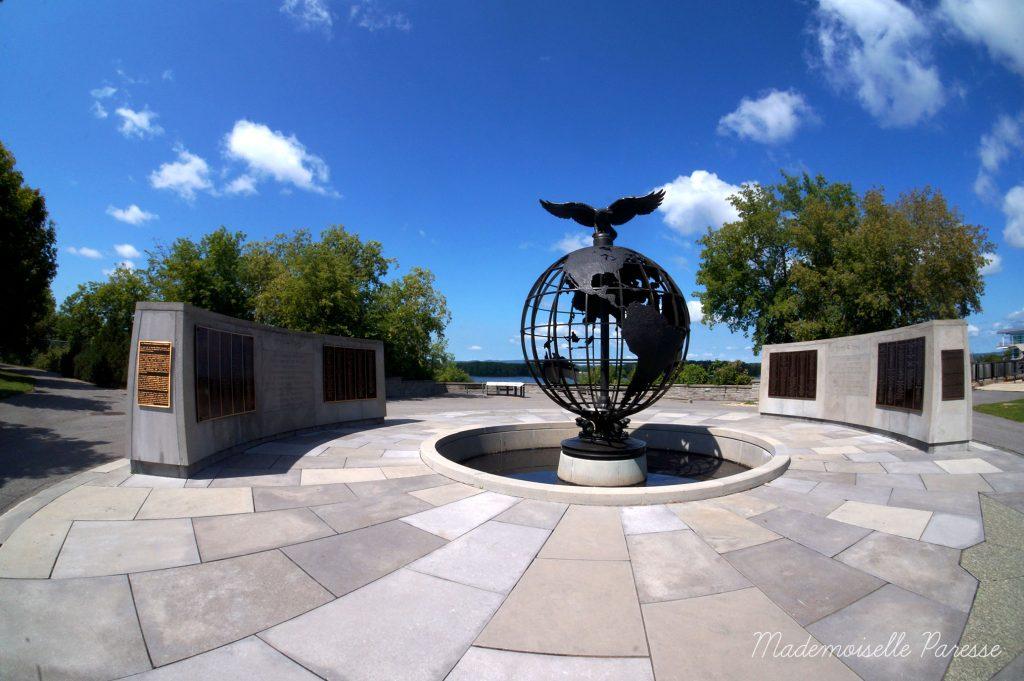 mademoiselle-paresse-ottawa-memorial-wwii